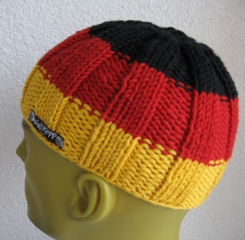 Men's cap beanie in Germany colors