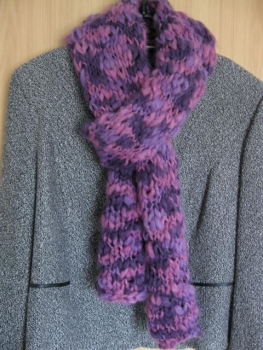 Winter-scarf ladies color: dark and light purple